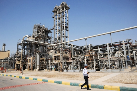 Oil And Steel Installations In Iran