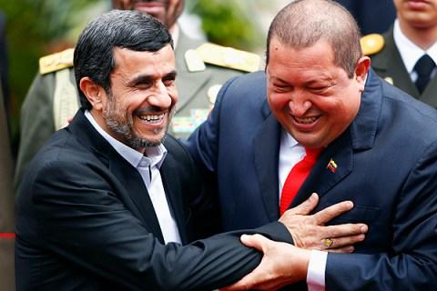 Ahmadinejad Chavez in Caracas