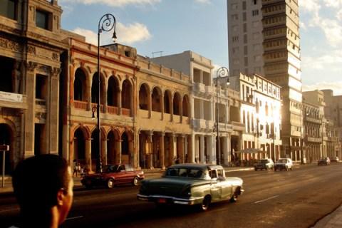 Travel Destinations In Cuba: The Malecon