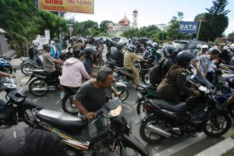 Indonesian Earthquake Prompts International Tsunami Fears