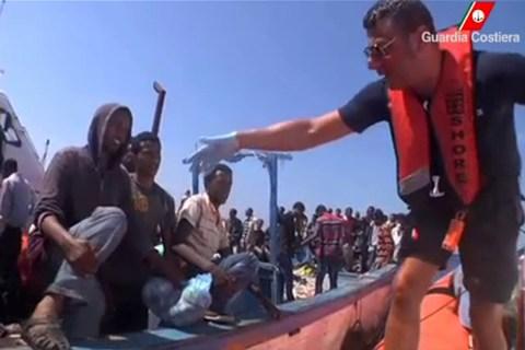 Italy Migrants — Lampedusa