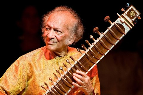 image: Ravi Shankar performing at the Barbican Centre in London during his Final Tour of Europe, June 4, 2008.
