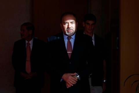 Smiling in the Face of Indictment, Lieberman Steps Down as Israel's Foreign Minister