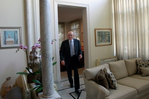 Lebanon's newly named Prime Minister Tammam Salam arrives for an interview following his official appointment at his home in the Lebanese capital Beirut, April 6, 2013.
