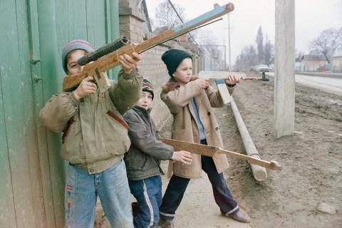 Russia C  Chechnya  Breakaway   People  Children