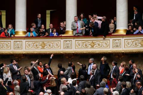 French Parliament legalize gay marriage