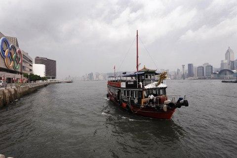 Junk/Tourist Boat, Hong Kong - Where Snowden Might Hide