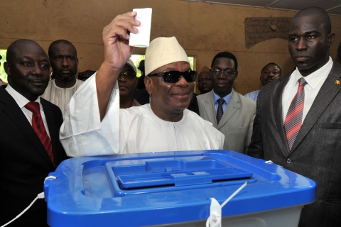 Ibrahim Boubacar Keita cast his vote at a polling on Aug. 11, 2013 in Bamako.