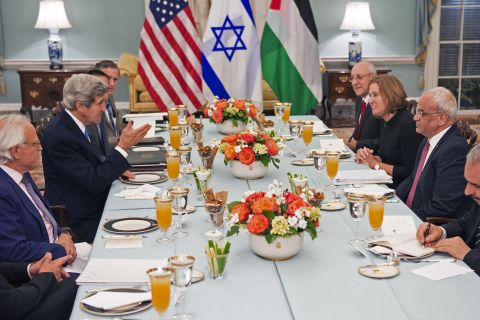 From left: U.S. Secretary of State Kerry hosts dinner for the Middle East Peace Process Talks, at the Department of State with Isaac Molho, Israeli Justice Minister Tzipi Livni and Palestinian chief negotiator Saeb Erakat, and Dr. Mohammed Shtayyeh in the Thomas Jefferson Room of the U.S. Department of State in Washington, D.C., on  July 29, 2013.