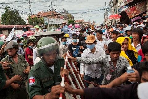 INT_cambodia_protests_0906