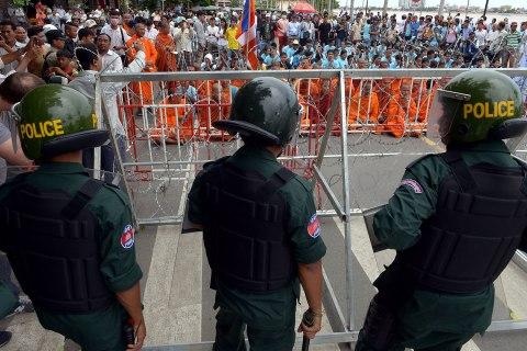 cambodia_protests_1022