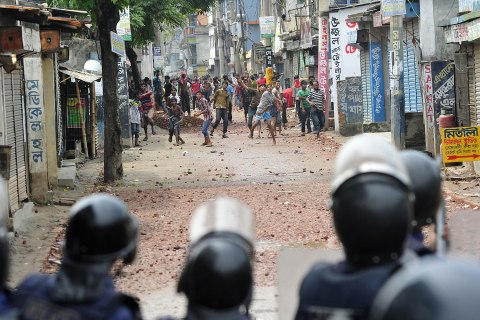 bangladesh_strikes_1106