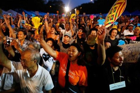 Bangkok protest amnesty bill