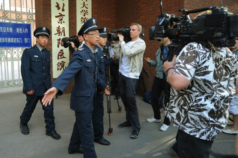 china_foreign_journalists_1211