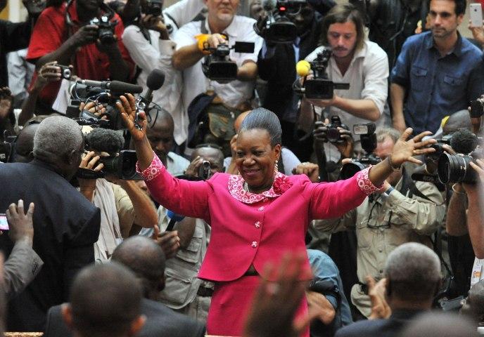 TOPSHOTS-CENTRAFRICA-UNREST-PARLIAMENT-VOTE-RESULT