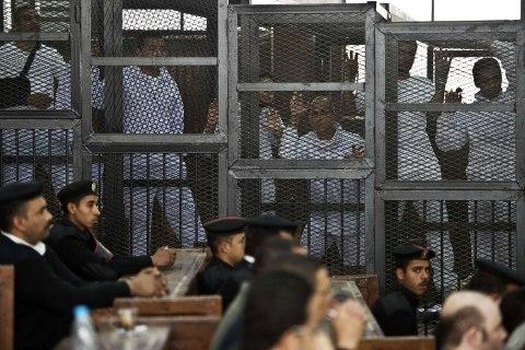 EGYPT-POLITICS-UNREST-MEDIA-TRIAL-JAZEERA